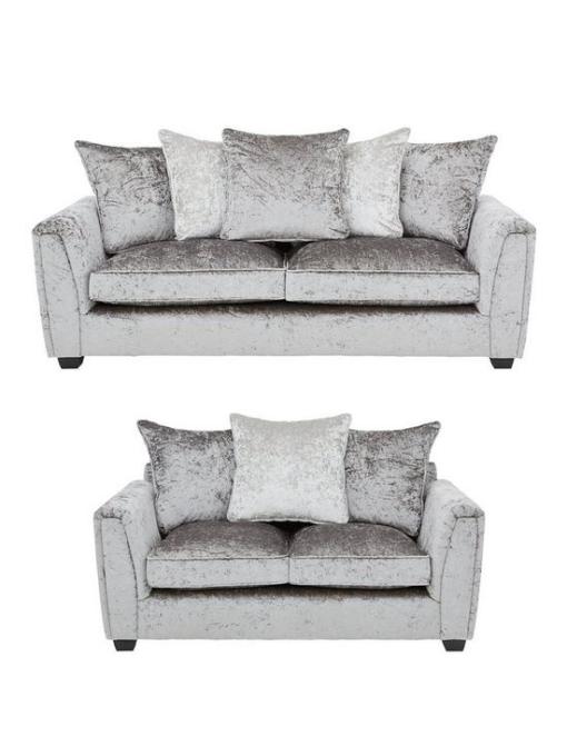 Wylie 3 + 2 Sofa Set
